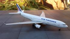 Gemini Jets/Socatec AIR FRANCE Airbus A330-200 F-GZCM Scale 1/400 GJAFR410