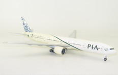 JC Wings PIA Boeing 777-300ER AP-BHV with stand Scale 1/200 JCLH2038