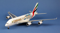 """Herpa Wings Emirates Airbus A380 """"Real Madrid 2018 Scale 1/200 559508"""
