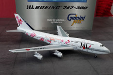 Gemini Jets JAL Super Resort Boeing 747-346 N197UA Scale 1/400 GJAL008