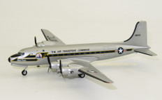 Herpa US Army Air Forces Douglas C-54M Skymaster 513th Air Transport Group (MATS), Rhein Main AB  Berlin Airlift 70th Anniversary Edition Scale 1/200 559720