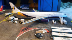 Gemini Jets Monarch Airbus A330-243 G-EOMA Scale 1/400 GJMON797