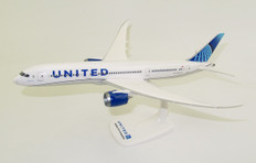 Herpa Snapfit United Airlines Boeing 787-9 Dreamliner - new colors Scale 1/200 612548