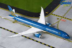 Gemini Jets Vietnam Airlines Years Boeing 787-10 VN-A879 Scale 1/400 GJHVN1903