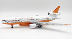 Inflight 200 10 Tanker Air Carrier DC-10 N612AX with stand Scale 1/200 IFDC10AT0320