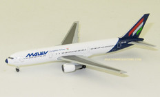 Herpa Wings Malév Hungarian Airlines Boeing 767-300 Scale 1/500 534185