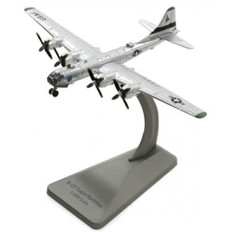 Air Force One B-29 Super Fortress Scale 1/300 AF1-0139