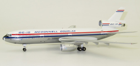 Inflight 200 DC-10 N10DC 50th anniversary coin with stand Scale 1/200 IFDC1050