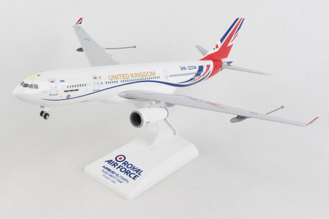 Skymarks RAF Vespina A330 Voyager UNited Kingdom ZZ336 With gear Scale 1/200 SKR1058