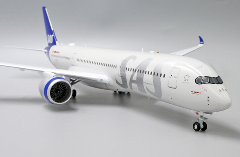 JC Wings SAS Airbus A350-900XWB SE-RSA with stand Scale 1/200 JC2369