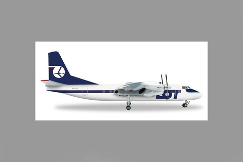 Herpa LOT Polish Airlines Antonov AN-24B model aircraft Scale 1/200 556699