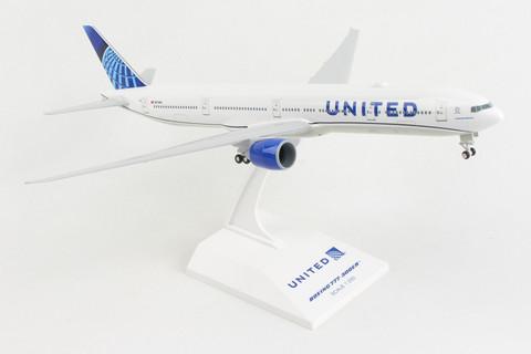 Skymarks United Boeing 777-300ER with gear Scale 1/200 SKR1054