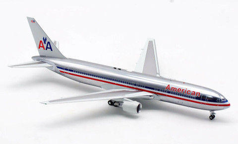 Inflight 200 American Airlines Boeing 767-300 N363AA with stand polished with stand Scale 1/200 IF763AA0421P