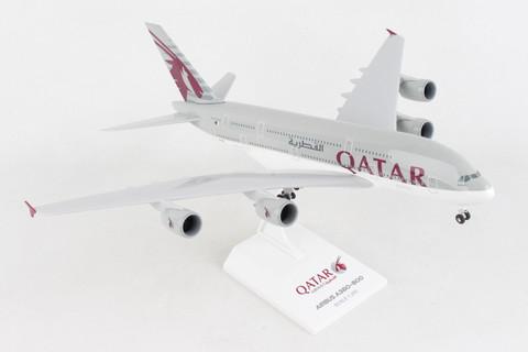 Skymarks Qatar Airbus A380 with gear Scale 1/200 SKR1062