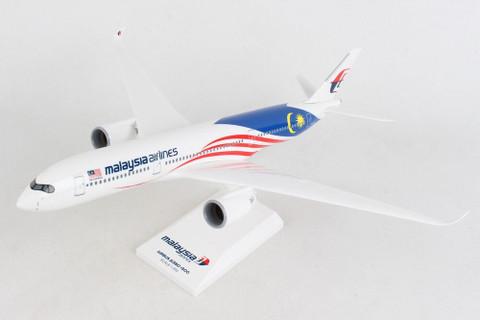 Skymarks Malaysia Airlines Malaysia Negaraku Airbus A350-900 9M-MAC Scale 1/200 SKR1073