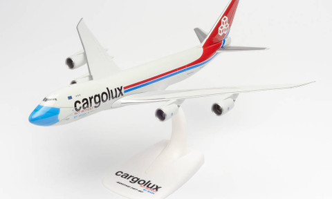 Herpa Snap-fit Cargolux Not without my mask Boeing 747-8F Scale 1/250 613118