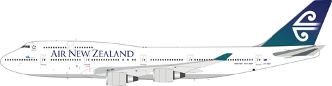 Inflight 200 Air New Zealand Boeing 747-419 ZK-NBV with stand Scale 1/200 IF744ZK1121