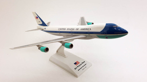 Skymarks US Air Force One Boeing 747-200 Scale 1/250 SKR041