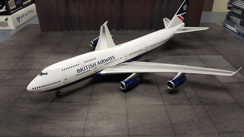 JFOX  BRITISH AIRWAYS BOEING 747-400 G-BNLG WITH STAND LIMITED EDITION SCALE 1/200