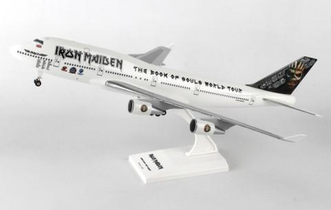 Skymarks Iron maiden Boeing 747-400 with gear Scale 1/200 SKR899