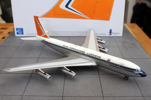 Inflight 200 South African Boeing 707-320 Port Elizabeth ZS-SAF diecast limited model Scale 1/200 IF770040