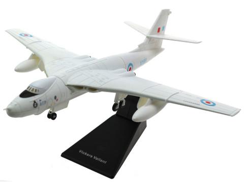 Aviation 72 Interceptors Series Vickers Valiant BK.1 XD818 Preserved Cosford Scale 1/144 AV72FB003