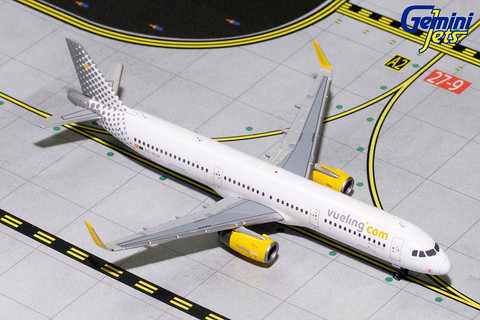 Gemini Jets Vueling Airbus A321S EC-MLM Scale 1/400 GJVLG1683