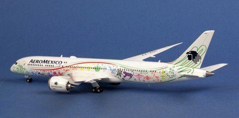 Herpa Aeromexico Boeing 787-9 Dreamliner Scale 1/200 558389