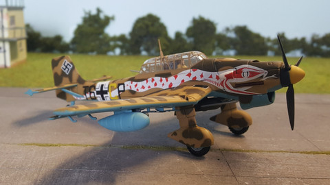 Corgi German Junkers Stuka JU87R2 Tropical WW2 Scale 1/72  AA32502 WS