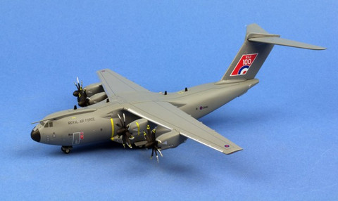Herpa Royal Air Force Airbus A400M Atlas C.1 No LXX Squadron RAF Brize Norton RAF 100 Scale 1/200 559447