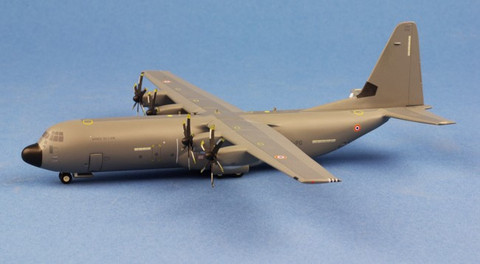 Herpa Wings French Air Force Lockheed Martin C-130J-30 Super Hercules - ET 02.061 Franche-Comté Orléans-Bricy Air Base - 61-PO Scale 1/200 559522