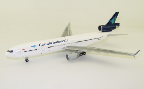 JC Wings   Garuda Indonesia McDonnell Douglas MD-11 PK-GIJ With Stand Scale 1/200 JCLH2074