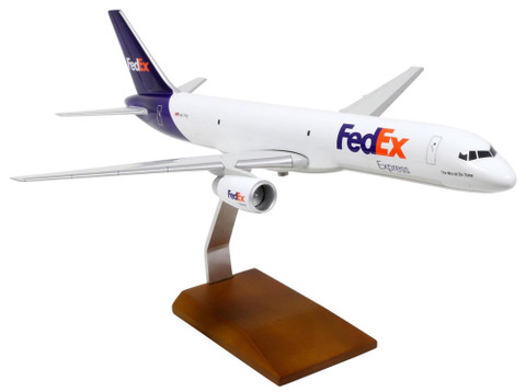 Premium Models Fedex Boeing 757-200 N917FD Scale 1/100 18003