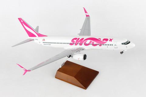 Skymarks Swop Boeing 737-800 C-FPLS  Wood Stand & Gear Scale 1/100 SKR8273