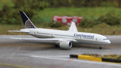 Herpa Continental Airlines Boeing 787 Scale 1/500 505352