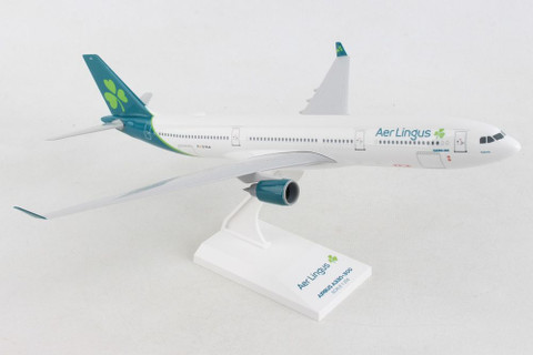 Skymarks Aer Lingus New livery Airbus A330 -300 EI-ELA Scale 1/200 SKR1024