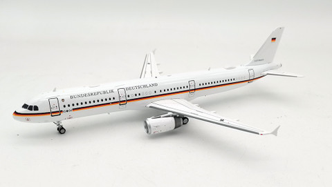 Inflight 200 German Air Force A321-231 1504 with stand Scale 1/200 IF321GAF04