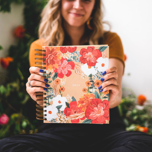 Malory Hollow Theme 2022 17-Month Planner by Hosanna Revival