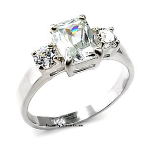 Dazzling Three Stone Simulated Diamond 925 Sterling Silver Ring