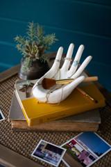 CERAMIC HAND RING /JEWELRY HOLDER