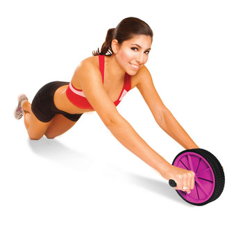 Model strengthening abs with Tone Fitness Abdominal Toning Wheel