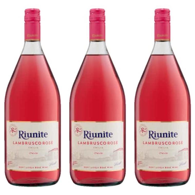 Riunite Lambrusco Rose Wine 1.5 L