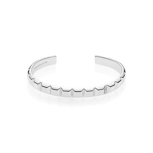 Utzon Jewellery Copenhagen - pyramidearmring i sølv med hvid safir. Smukt smukke til hende.