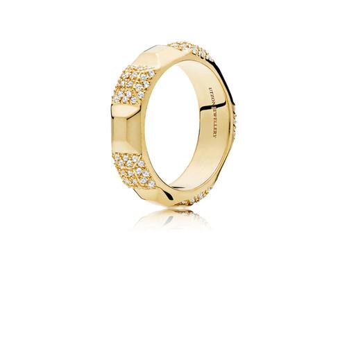 Utzon Jewellery Copenhagen – smykker – stor pyramide ring i guld med brillanter
