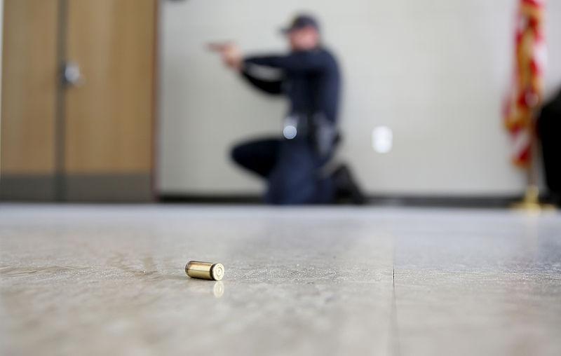 mcas-miramar-police-conduct-active-shooter-training-140402-m-cj278-042.jpg