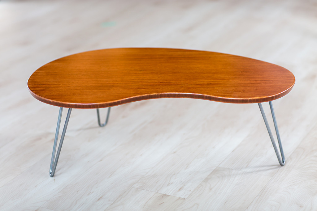 Flow Desk, Tria in Amber Bamboo