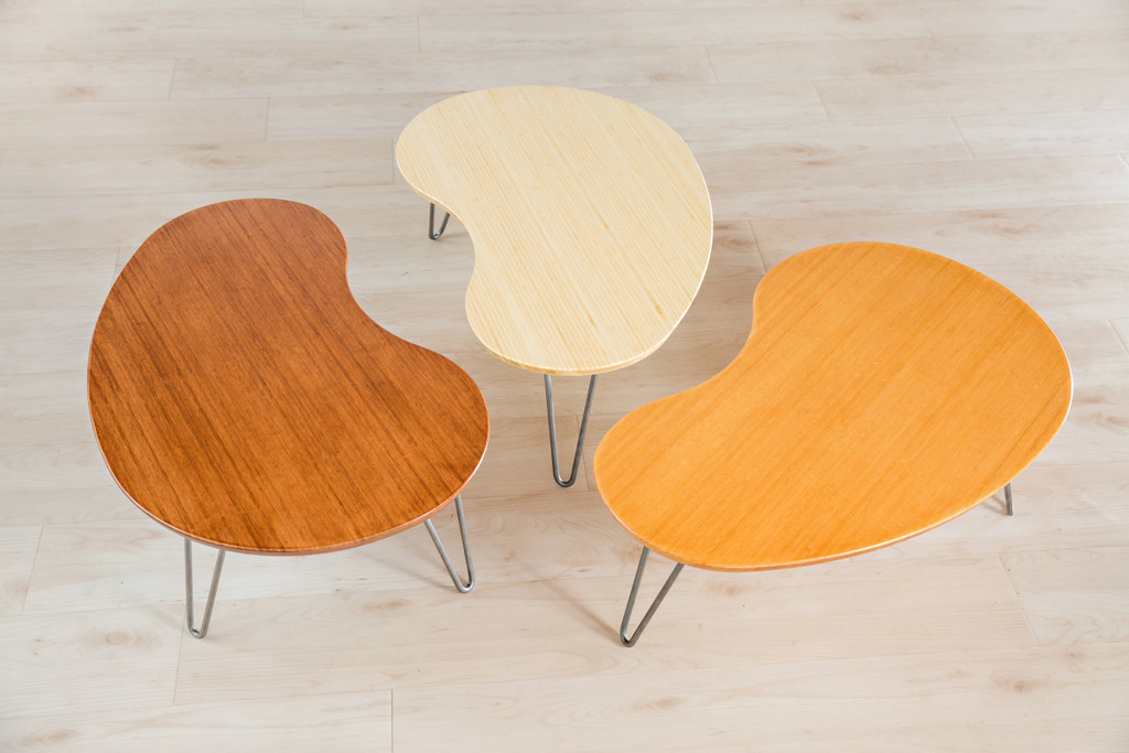 All three bamboo finishes of Flow Desk, Tria in natural, wheat, and amber.