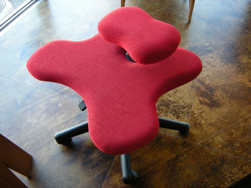 Custom Soul Seat office chair for cross legged sitting in red fabric