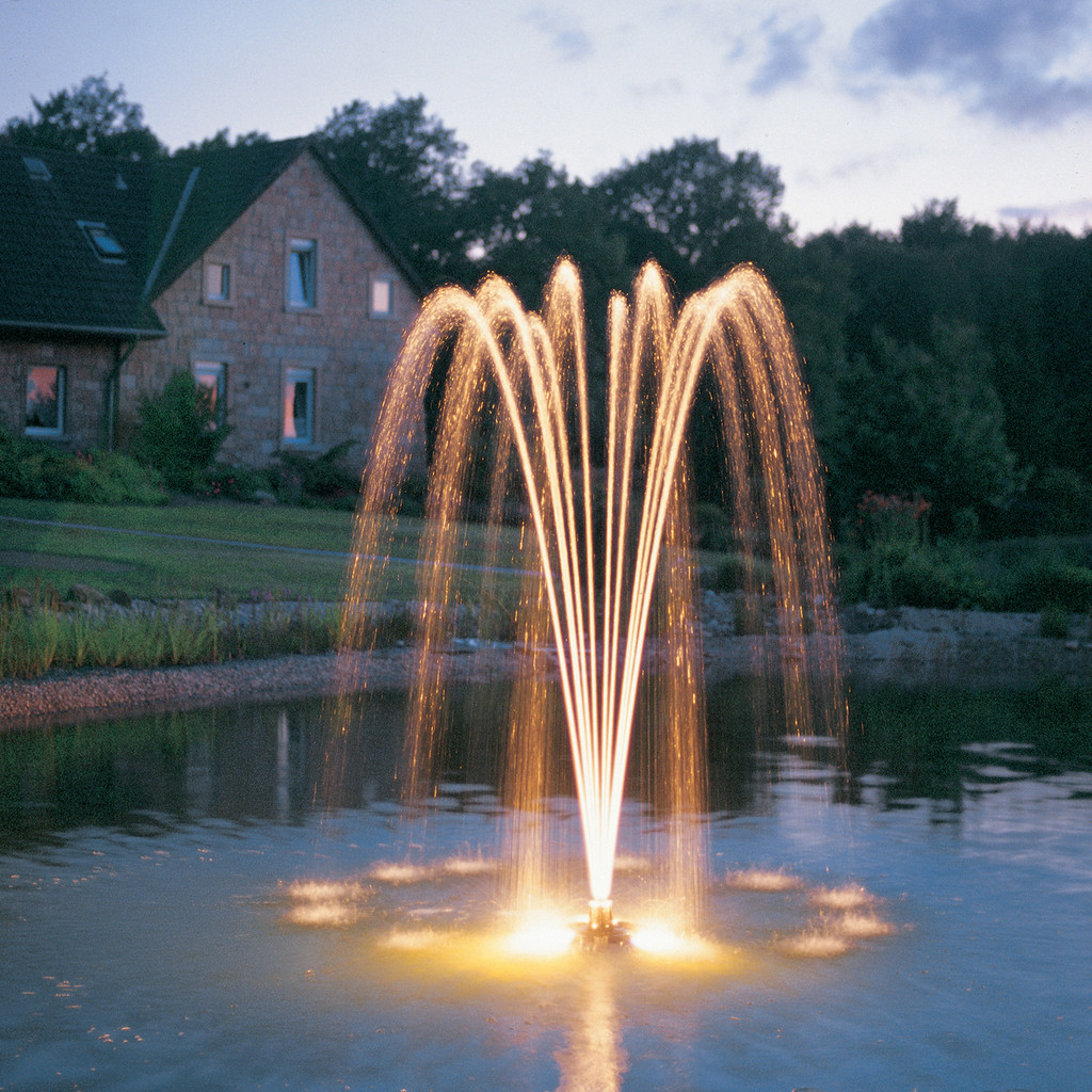 PondJet Floating Fountain Light Set Installed