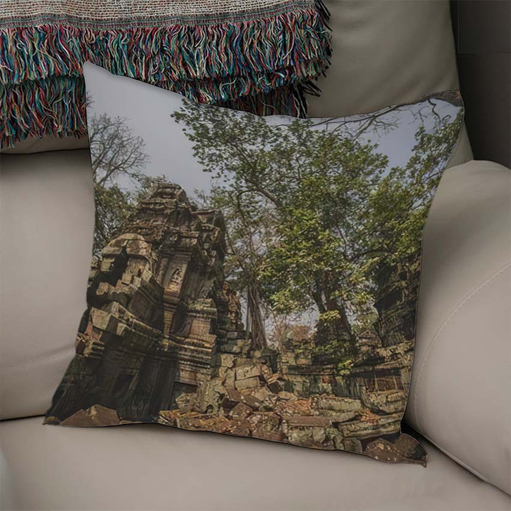 8Mm Panorama Ancient Stone Doors Tree - Landmarks and Monuments Linen Pillow
